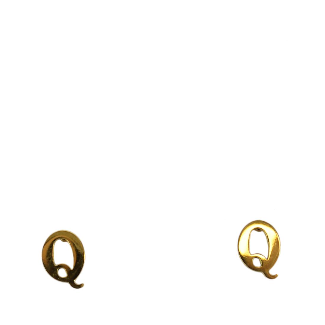 Letter earrings Q