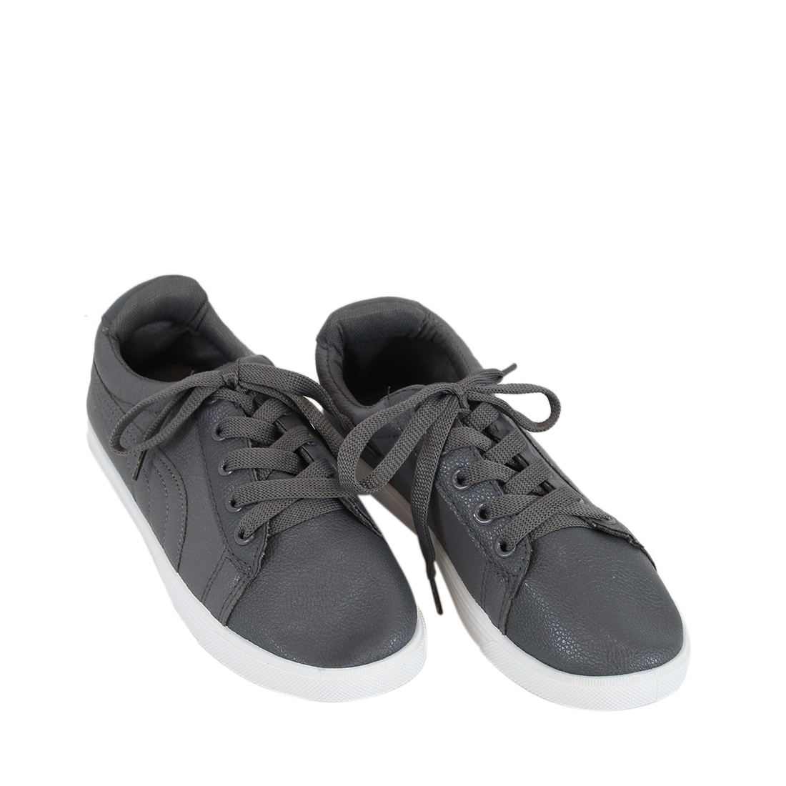 Plain soft leather low top sneakers