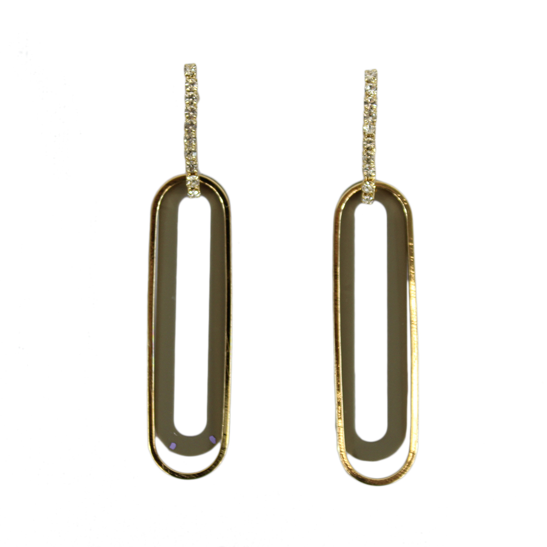 Oval earrings with diamond on top